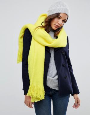 River Island Пушистый шарф-накидка. Цвет: желтый