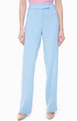Голубые брюки прямого кроя United Colors of Benetton. Цвет: голубой
