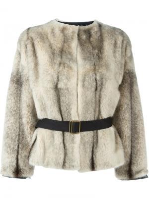 Меховая куртка с поясом Inès & Maréchal. Цвет: белый