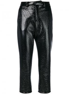 Укороченные виниловые брюки Au Jour Le. Цвет: чёрный