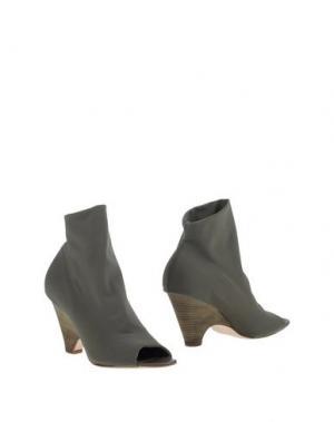Полусапоги и высокие ботинки STRATEGIA. Цвет: зеленый-милитари
