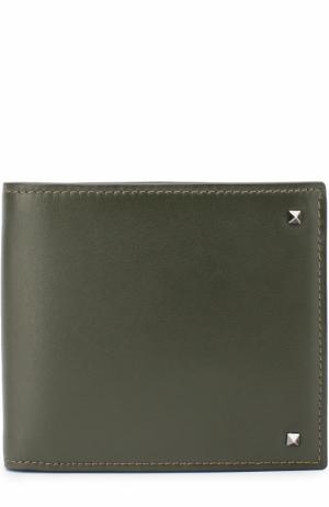 Кожаное портмоне Rockstud с отделениями для кредитных карт Valentino. Цвет: зеленый