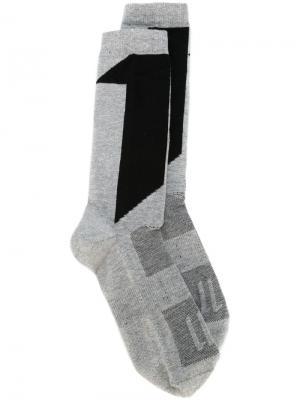 Носки с принтом 11 By Boris Bidjan Saberi. Цвет: серый