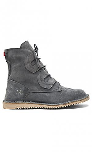 Сапоги mojoo Mark McNairy New Amsterdam. Цвет: серый