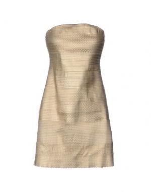 Короткое платье RARE LONDON. Цвет: золотистый