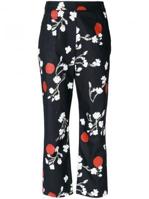 Укороченные классические брюки с цветочным принтом Isa Arfen. Цвет: чёрный