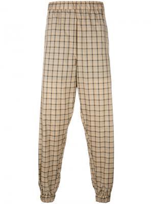 Легкие спортивные брюки в клетку Astrid Andersen. Цвет: телесный