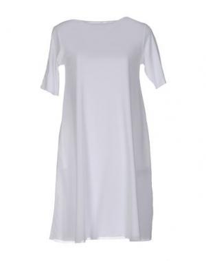 Короткое платье ALMERIA. Цвет: белый