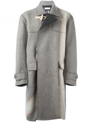 Объемное пальто Facetasm. Цвет: серый
