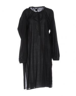 Платье до колена LAURA URBINATI. Цвет: черный