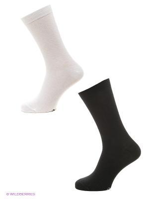Носки Luhta. Цвет: черный, белый