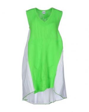 Короткое платье AKEP. Цвет: кислотно-зеленый