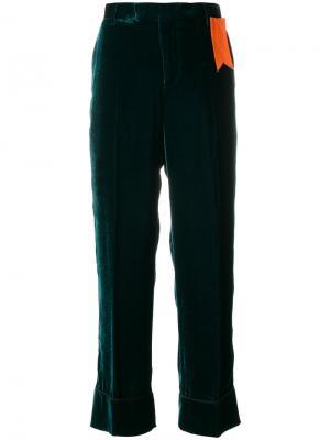 Прямые брюки с ярлыком The Gigi. Цвет: зелёный