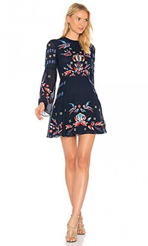 Платье izzy Tanya Taylor. Цвет: синий