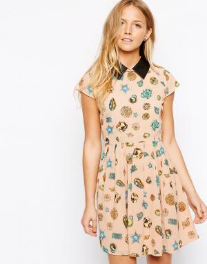 Jovonnista Платье с воротником в кожаном стиле MuriAnn. Цвет: розовый