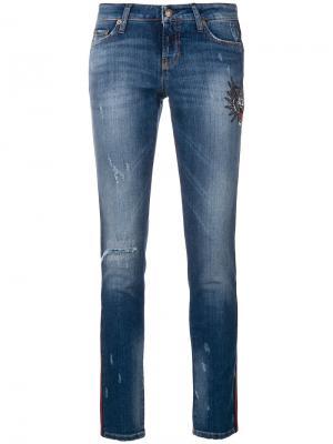 Укороченные джинсы скинни с вышивкой и эффектом потертости Cambio. Цвет: синий