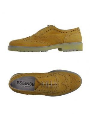 Обувь на шнурках SSEINSE. Цвет: желтый