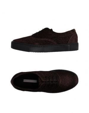 Низкие кеды и кроссовки ROSAMUNDA. Цвет: бронзовый