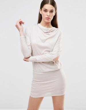 AX Paris Платье-джемпер с драпировкой и разрезами на рукавах. Цвет: бежевый