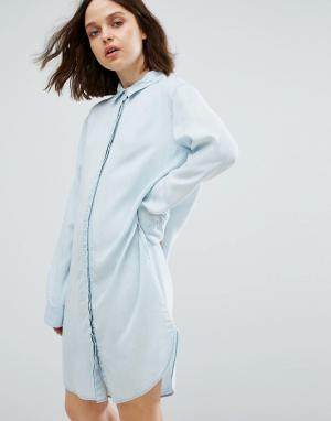 Weekday Свободное джинсовое платье-рубашка. Цвет: синий