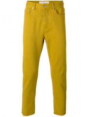 Джинсы с необработанными краями Golden Goose Deluxe Brand. Цвет: жёлтый и оранжевый