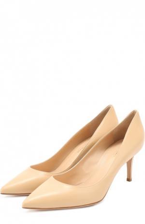 Кожаные туфли Classic на шпильке Gianvito Rossi. Цвет: светло-бежевый