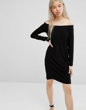 Weekday Платье с открытыми плечами. Цвет: черный