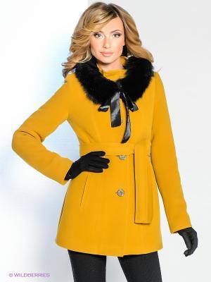 Пальто Klimini. Цвет: горчичный