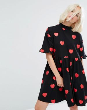 Lazy Oaf Платье-футболка мини с принтом сердец и оборками. Цвет: черный