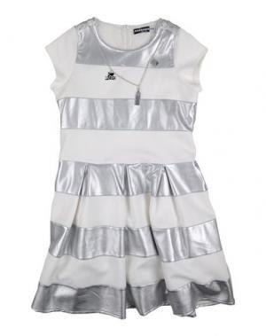Платье PAESAGGino. Цвет: белый