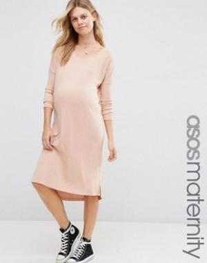 ASOS Maternity Платье-футболка в рубчик для беременных. Цвет: розовый