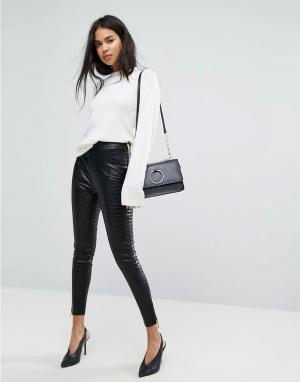 Ivyrevel Облегающие брюки из искусственной кожи с завышенной талией. Цвет: черный