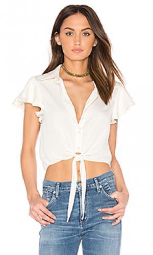 Рубашка с рюшами на рукавах LAcademie L'Academie. Цвет: белый