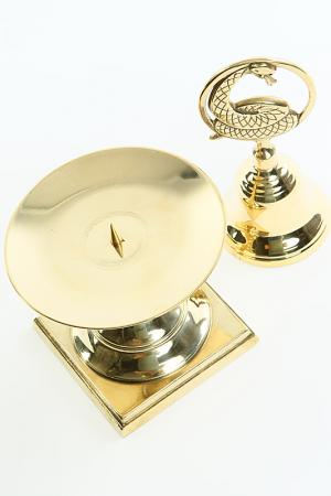 Набор: колокольчик, канделябр Stilars. Цвет: золотой