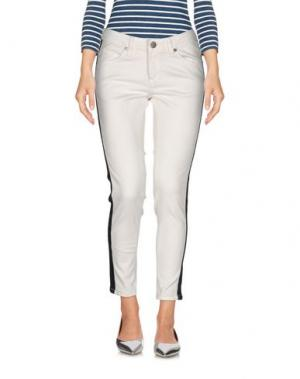 Джинсовые брюки BOLONGARO TREVOR. Цвет: белый