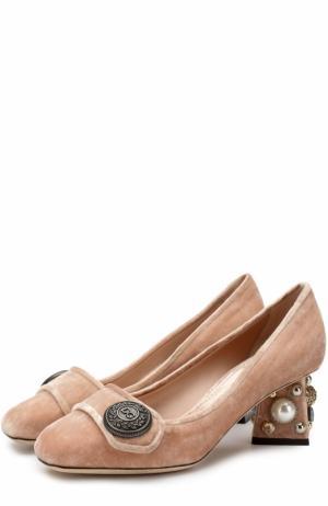 Бархатные туфли Jackie на декорированном каблуке Dolce & Gabbana. Цвет: бежевый