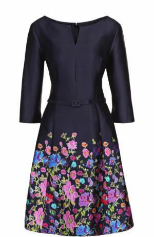 Шелковое приталенное платье с поясом и цветочным принтом Oscar de la Renta. Цвет: разноцветный