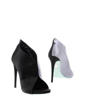 Ботинки ALEXIS MABILLE. Цвет: черный