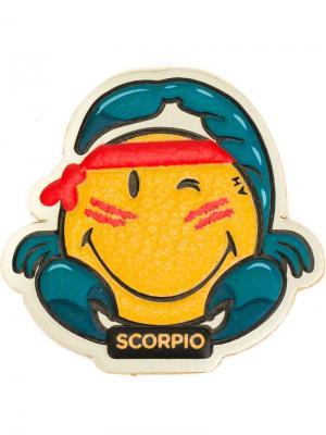 Наклека  Scorpio Anya Hindmarch. Цвет: жёлтый и оранжевый
