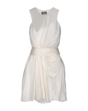 Короткое платье FAUSTO PUGLISI. Цвет: слоновая кость