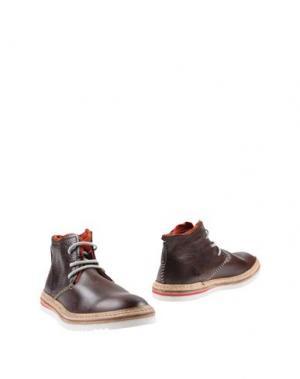 Полусапоги и высокие ботинки ESSENCE. Цвет: какао