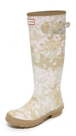 Оригинальные высокие камуфляжные сапоги Hunter Boots. Цвет: бледно-песочный