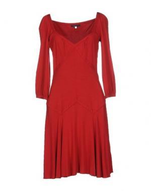 Платье до колена UNGARO FEVER. Цвет: красный