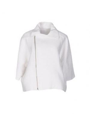 Куртка REALITY STUDIO. Цвет: белый
