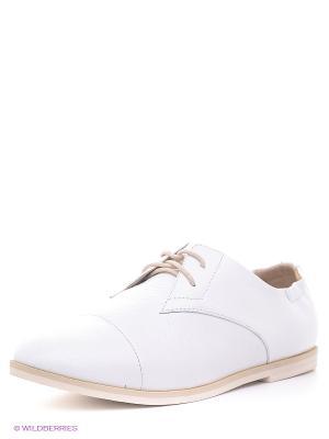 Туфли Sinta Gamma. Цвет: белый