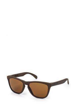 Очки солнцезащитные Oakley. Цвет: коричневый