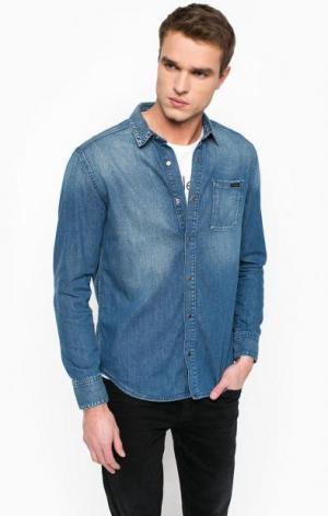 Джинсовая рубашка на кнопках Calvin Klein Jeans. Цвет: синий