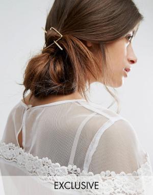 Orelia Заколка для волос в виде треугольника. Цвет: золотой