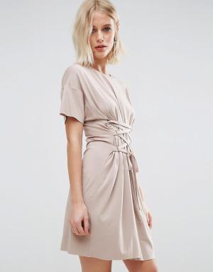 ASOS Платье‑футболка с отделкой в стиле корсета. Цвет: коричневый