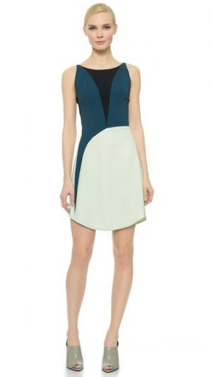 Платье без рукавов Narciso Rodriguez. Цвет: зеленый